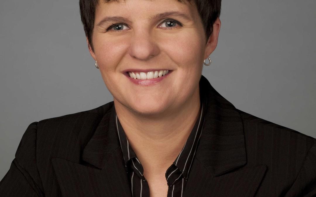 Jen Christensen Suceeds Triplett as NLGJA President